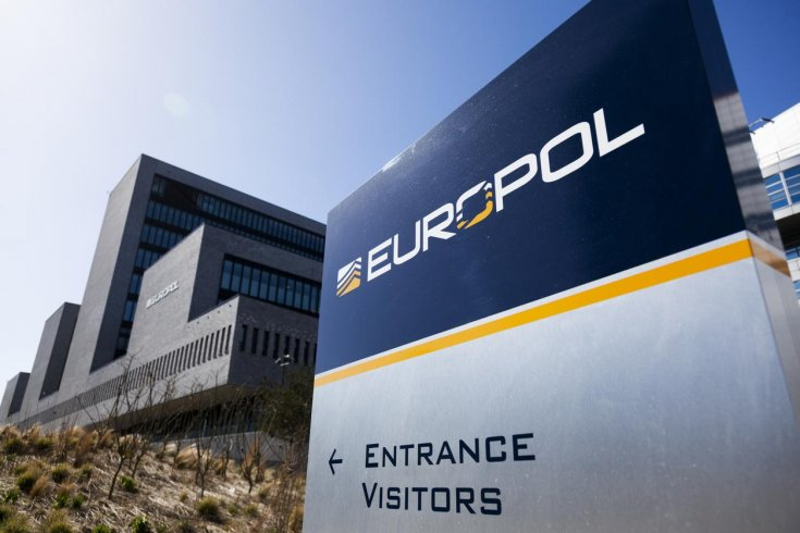 Coronavirus: Europol arrests man behind €6M face masks and hand sanitisers scam