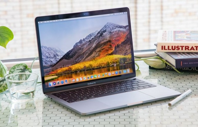 Apple T2 security chip in new MacBooks disconnects Microphone when lid is closed
